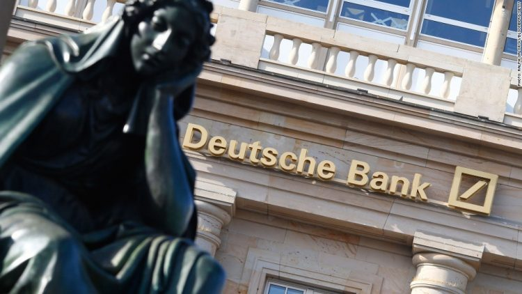 Deutsche Bank più rischiosa di Unicredit