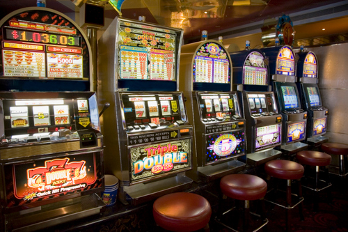 Portici. Slot machine truccate: sequestri per 151mila euro e in 2 ai domiciliari