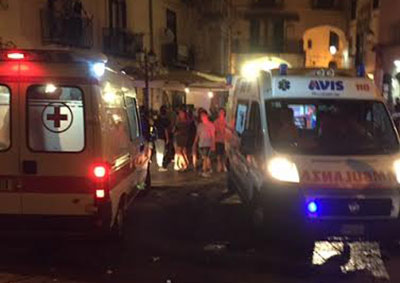 Botte e incidenti nella movida di Salerno: feriti due ragazzi