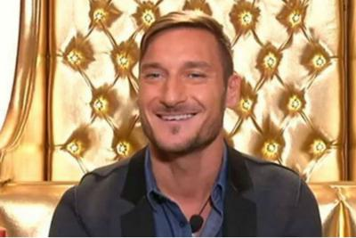 "Totti show al GF Vip. ""Vado in panchina come Broccolo"""