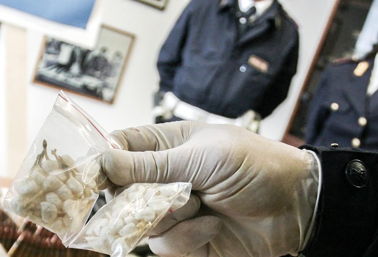 Droga: sequestrato un chilo di cocaina a Nocera Inferiore