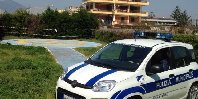 Blitz in via Carrara, sequestrato eliporto abusivo a Pompei