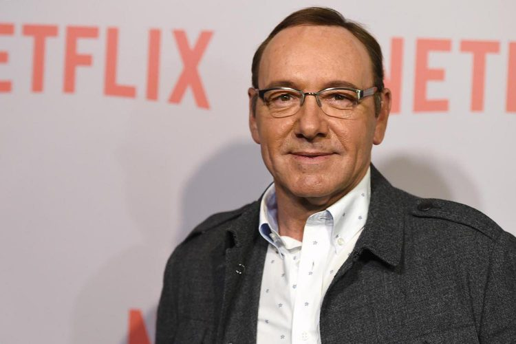Kevin Spacey, spunta party a luci rosse su yacht a Ravello.