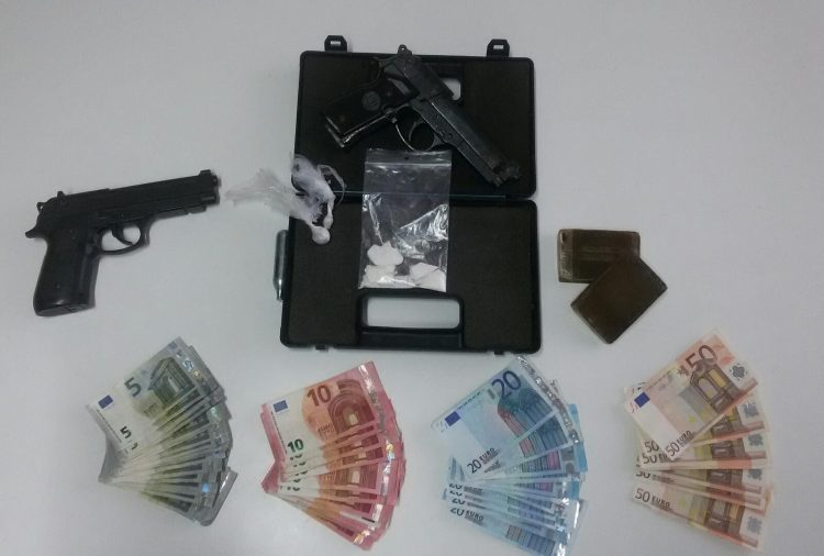 Droga tra Napoli e Salerno, blitz dell'Antimafia: raffica di arresti