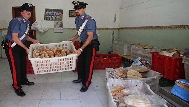 Panificio con lavoratori in nero: sequestrati 280 Kg di pane