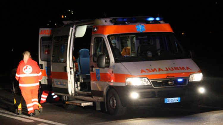 Castellammare. Grave incidente in galleria: traffico in tilt