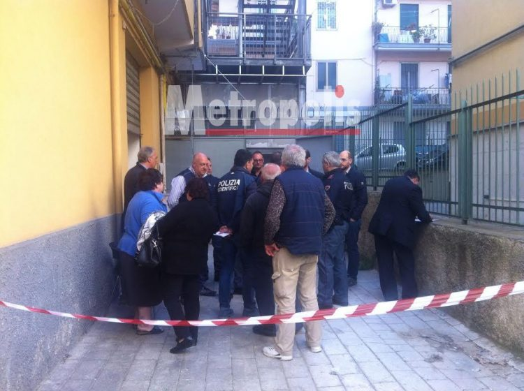Imbianchino muore in un garage, tragedia a Salerno
