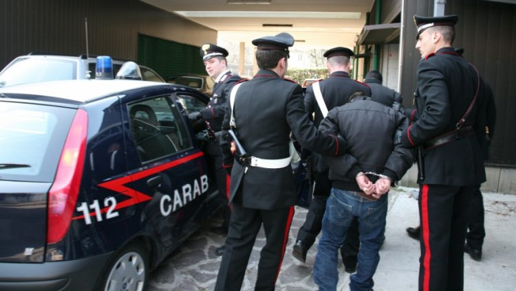 Camorra: arrestata donna del clan Birra