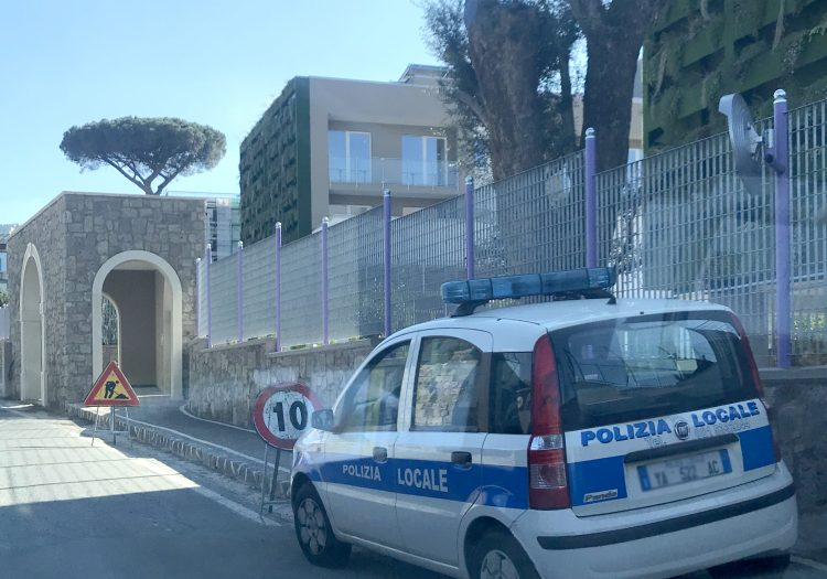 Case sequestrate a Sant'Agnello, acquisiti nuovi atti in Comune